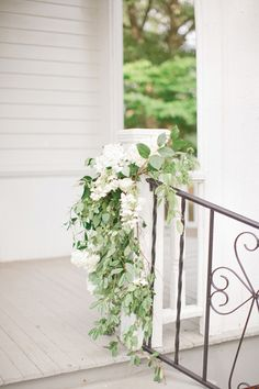railing garland | Harwell Photography #wedding