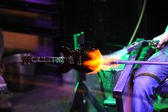 #glass #artist Christopher Lydon makes a glass #guitar at #2300°: Blues | #Corning Museum of Glass