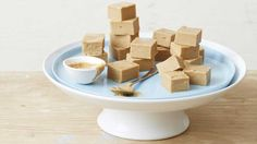 I Quit Sugar has supercharged one of their most popular recipes - the salted peanut butter fudge with IQS Gut-Lovin' gelatin powder. So you can have your sweet treats and eat them too.