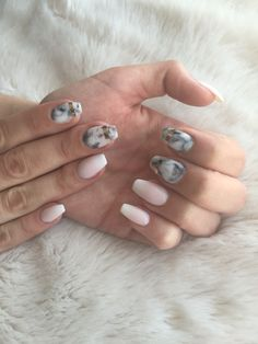 Marble nails with ombre