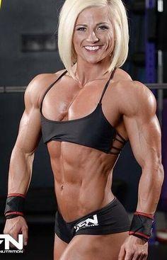 Bodybuilderin Brooke in Topform