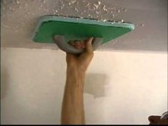"DIY Video: How to re-texture a ceiling after ""popcorn"" removal using the Magic Mudder."