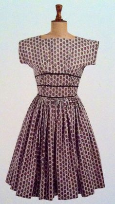 f2c0b98a67c Horrockses dress with floral pattern 1959