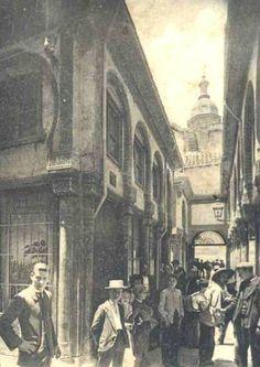 La Alcaiceria Granada Granada, Old Pictures, Buildings, Black And White, Architecture, World, Places, Vintage Postcards, Antique Photos