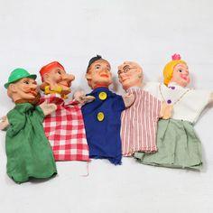 Oude poppenkastpoppen (5 stuks) €5.00 - http://www.vinto.nl/winkel/alle-producten/oude-poppenkastpoppen-5-stuks/