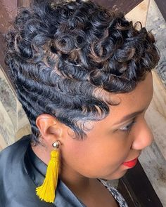 Image may contain: one or more people and closeup Funky Short Hair, How To Curl Short Hair, Short Hair Cuts, Black Hair Updo Hairstyles, Short Black Hairstyles, Pixie Hairstyles, Hairdos, Vintage Hairstyles, Curly Hair Styles