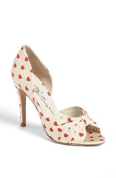 Alice + Olivia 'Gigi' Pump (Online Only) | Nordstrom | Compiled by MRS for Middle of the Map Weddings | http://shop.nordstrom.com/s/alice-olivia-gigi-pump-online-only/3583193?cm_cat=datafeed&cm_ite=alice_+_olivia_'gigi'_pump_(online_only):953561&cm_pla=shoes:women:sandals/slides&cm_ven=Google_Product_Ads&mr:referralID=eef04000-8058-11e3-beb7-001b2166c2c0