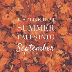 HAPPY SEPTEMBER #fallstartsnow #september #autumn #autumncolours #cozy…