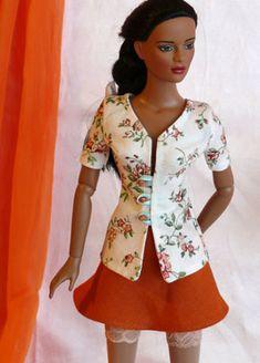 Springtime blouse - http://www.sewing-for-dolls.com/patterns/for-tonner-dolls/79-jarni-halenka