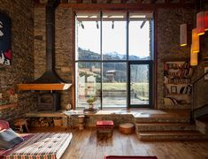 decordemon: A renovated farm house in the Spanish Pyrenees