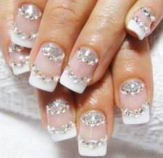Bridal nail art design with real rhinestones 2013 best unique design ideas for wedding nails 2013 Fabulous Nails, Gorgeous Nails, Love Nails, Pretty Nails, Fun Nails, Amazing Nails, Wedding Manicure, Wedding Nails Design, Nail Wedding