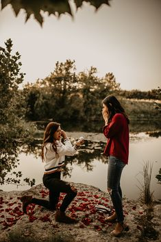 Fall photos turned surprise proposal in San Antonio, Texas moody romantic two brides rose petals outdoors water lake Cute Lesbian Couples, Lesbian Love, Cute Couples Goals, Lesbian Pride, Best Marriage Proposals, Wedding Proposals, Propositions Mariage, Couple Fotos, Wedding On A Budget