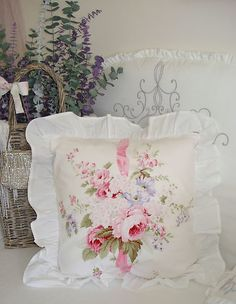 A beautiful pillow with roses