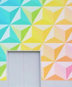 """Love love love this wall that @jenniferlake shared in #dscolor "" @designsponge #designsponge #colorful"