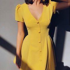 Tall Fashion Tips .Tall Fashion Tips 80s Fashion, Modest Fashion, Indian Fashion, Korean Fashion, Fashion Dresses, Girl Fashion, Fashion Hacks, Classy Fashion, French Fashion