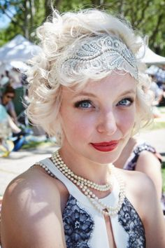 You're going to wish you were Daisy Buchanan after you see these 1920s-inspired beauty looks.