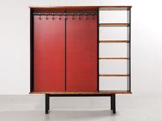 JEAN PROUVÉ MOBILIER VESTIAIRE, 1956 TÔLE D'ACIER PLIÉE, BOIS ET ISOREL 188.5 x 178.5 x 35 cm Comm. Cité universitaire, Antony, France.