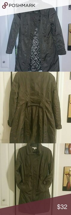 Women's coat Warm, Barely Used, even though it says extra large ,It find it to a bit smaller / can fit a size large. New York & Company Other