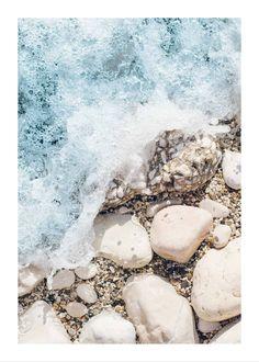 Rocky sea shore poster - 50x70