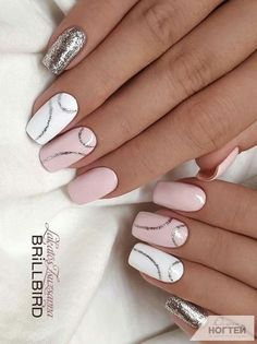 What Christmas manicure to choose for a festive mood - My Nails Fancy Nails, Pink Nails, Cute Nails, Pretty Nails, Fabulous Nails, Perfect Nails, Hair And Nails, My Nails, Gel Nagel Design