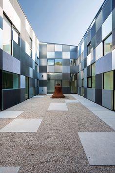 Mauerwerk Als Sichtschutz Für Den Garten | Haus & Garten ... Mauerwerk Als Sichtschutz Haus Design Idee