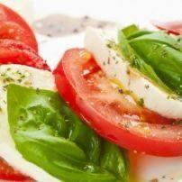 Caprese Salad, Salads, Pizza, Vegetables, Fruit, Kitchen, Food, Bon Appetit, Cooking