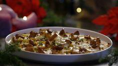 Het voorgerecht dungesneden gepofte koolraap met cantharellen komt uit het programma Koken met van Boven. Lees hier het hele recept en maak zelf heerlijke dungesneden gepofte koolraap met cantharellen.