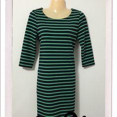 Host Pick  Gap dress Size xs, like new condition, great basic shift dress. Hits knee level. GAP Dresses