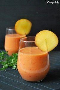 Gazpacho de melocotón Appetizer Recipes, Soup Recipes, Whole Food Recipes, Vegan Recipes, Cooking Recipes, Tapas, Gazpacho Recipe, Spanish Cuisine, Summer Salad Recipes