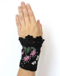 A maglia guanti senza dita fiori libellula nero