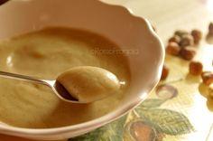 La Crema pasticcera alla nocciola è una crema base molto versatile,adatta come farcitura per qualsiasi tipo di dolce. <3