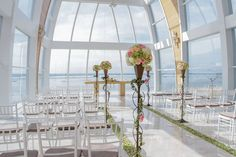 Endless views of the Indian Ocean set the stage for wedding ceremonies at the Majestic Chapel at The Ritz-Carlton, Bali.