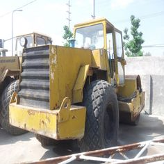 Backhoes represent one of the most common forms of excavators,the cables and long boom also help users operate a Used Excavator successfully over wet or unstable ground. Used Excavators, Komatsu Excavator, Cable, Cabo, Electrical Cable