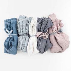 Set of 2 - Large linen waffle bath towel / Washed linen bath sheet / READY TO SHIP Linen Fabric, Linen Bedding, Cotton Linen, Linen Towels, Bath Towels, Bath Linens, Not Perfect Linen, Textiles, Bed Linen Sets