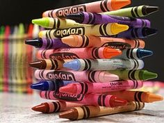 i have a weird  obsession with crayola crayons