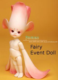 DollZone Christmas Event (LE) Flower Fairy - Mint on Card