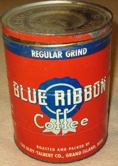 Blue Ribbon Coffee Coffee Stands, Coffee Tin, Coffee Corner, I Love Coffee, Vintage Tins, Vintage Coffee, Vintage Kitchen, Antique Coffee Grinder, Tin Cans