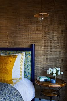 grasscloth wall covering and cheerful bedding in this sunny california bedroom. love the yellow embroidered sheets and vintage rattan side table. Bedroom Sitting Room, Bedroom Decor, Sitting Rooms, Bedroom Ideas, California Bedroom, Sunny California, Rattan Side Table, Master Room, Interior Decorating