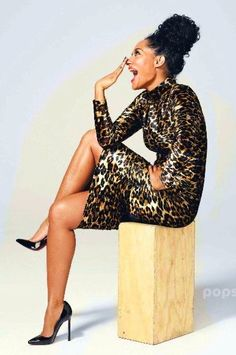 Tracee Ellis Ross - Here's a truly fun body con dress in a classic animal print with gold reflection. Be naturally you for the holidays. Black Girls Rock, Black Girl Magic, Beautiful Black Women, Beautiful People, Simply Beautiful, Tracey Ellis, I Love Fashion, Fashion Looks, Tracee Ellis Ross
