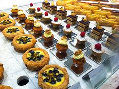 Love the hole to easily discard crumbs.  becasse bakery - Google Search