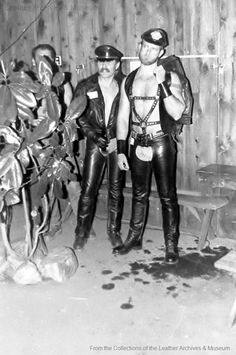 ...meanwhile at The Stud #LeatherBar, Los Angeles... #LeatherUS