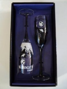 Amazon.com: Nightmare Before Christmas Jack Skellington Champagne Flute Set: Kitchen & Dining