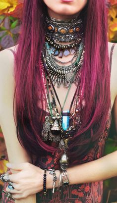 Edgy boho chic gypsy grunge look. FOLLOW http://www.pinterest.com/happygolicky/the-best-boho-chic-fashion-bohemian-jewelry-gypsy-/ for the BEST Bohemian fashion trends of 2014 in jewelry & clothing.