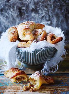 Omenasarvet | Maku Croissant, Doughnut, Sweet Tooth, Muffin, Sweets, Diet, Cooking, Breakfast, Desserts