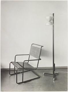 Mart Stam, Tubular steel lounge chair, 1927  Photo by Dr. Lossen und Co. Lichtbildgesellschaft m. b. H.