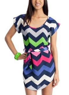 Love the colors in this. And of course, chevron. Navy Blue is a fresh way to play colors off of.