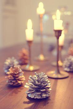 DIY Holiday Decor: Metallic Pine Cones