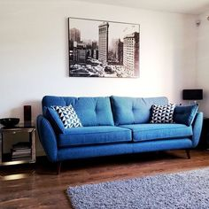 Hello new #sofa #dfs #frenchconnection