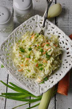 Surówka z pora Mozzarella, Feta, Cabbage, Salads, Spaghetti, Vegetables, Cooking, Ethnic Recipes, Mango
