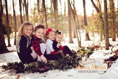 grandkids photography {Be Inspired: Sleds} Sibling Christmas Pictures, Winter Family Photos, Large Family Photos, Family Holiday, Christmas Photo Cards, Christmas Photos, Holiday Photos, Children Photography, Family Photography